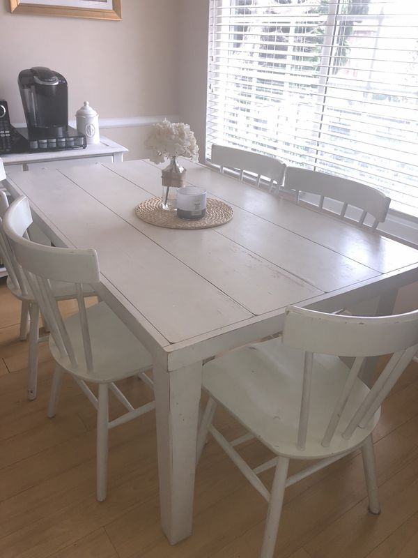 Pottery Barn Dining Table With Five Chairs Santa Monica