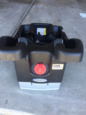 Graco Click Connect Car seat base for Sale in Davidson, NC