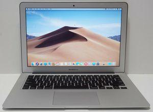 Photo Apple MacBook Air MJVE2LL/A 13-inch Laptop