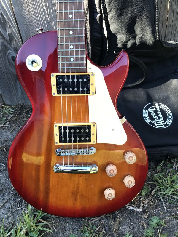 Harley Benton Les Paul sc550 for Sale in Miami, FL - OfferUp