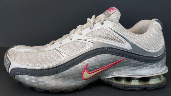 397494091976f Nike Reax Run 5 Running shoe women size 8 (Clothing   Shoes) in Buffalo
