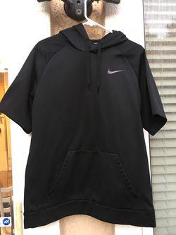 Nike Dri-fit Therma Short Sleeve Basketball Hoodie Thumbnail