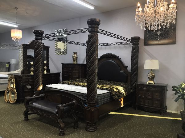 Sunny Sale Brand New 10pc King Bedroom Set Out The
