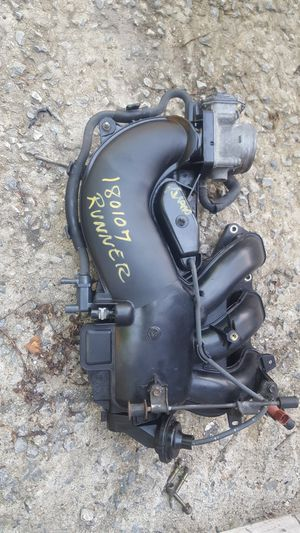 04 4runner 4.0 engine parts for Sale in Silver Spring, MD
