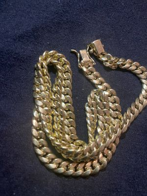 Photo Brand-new solid 10k Gold 18 inch Miami cuban chain real gold $800