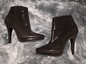 """Steve Madden """" Survey"""" Platform ankle boot/bootie size 7.5 used. for Sale in Oklahoma City, OK"""