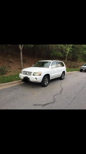 Toyota highlander 2005 for Sale in Gaithersburg, MD