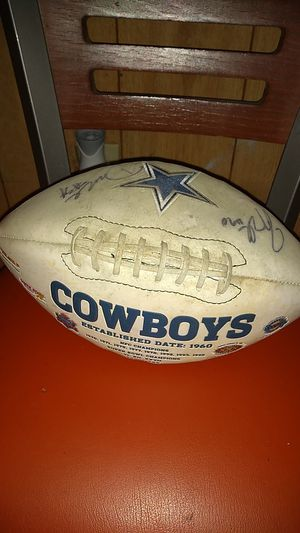 Autographed Dallas cowboys football for Sale in Washington, DC