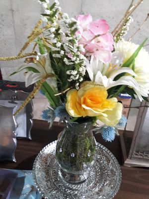 Flower centerpiece for Sale in TN, US