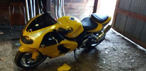 2000 suzuki 1000 for Sale in Seattle, WA