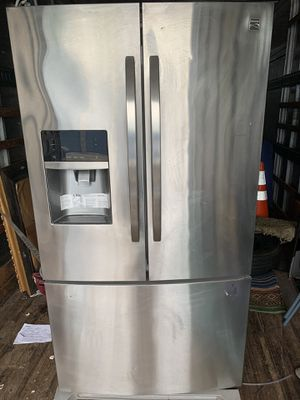 Photo Big french door and side-by-side refrigerators from Maytag deliver 25 to 27 cubic feet of capacity and come equipped with tough, adjustable storage o