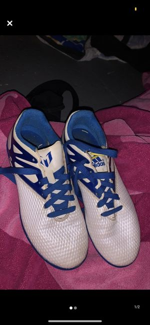 Photo Indoor soccer shoes size 3