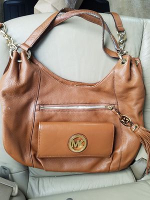 Michael Kors purse w/matching wallet! for Sale in Spring Valley, CA
