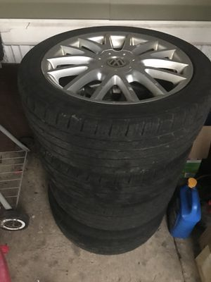 Volkswagen2006 GTI rims and tires 5 lugs for Sale in Alexandria, VA