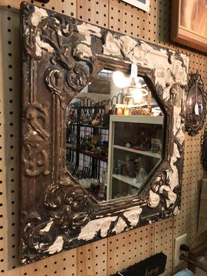 Antique mirror for Sale in Inwood, WV