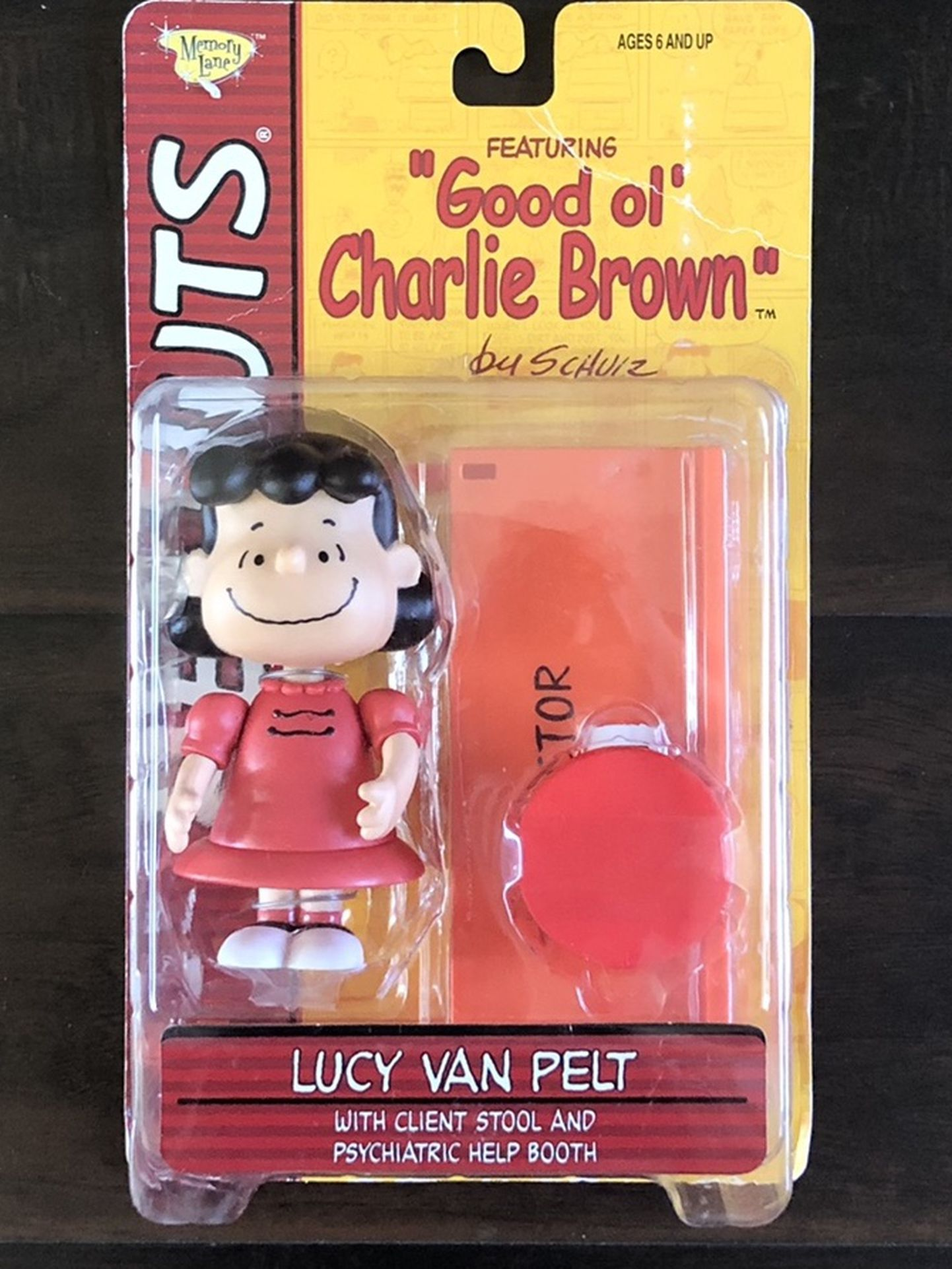 Peanuts Lucy Van Pelt Collectable Figure