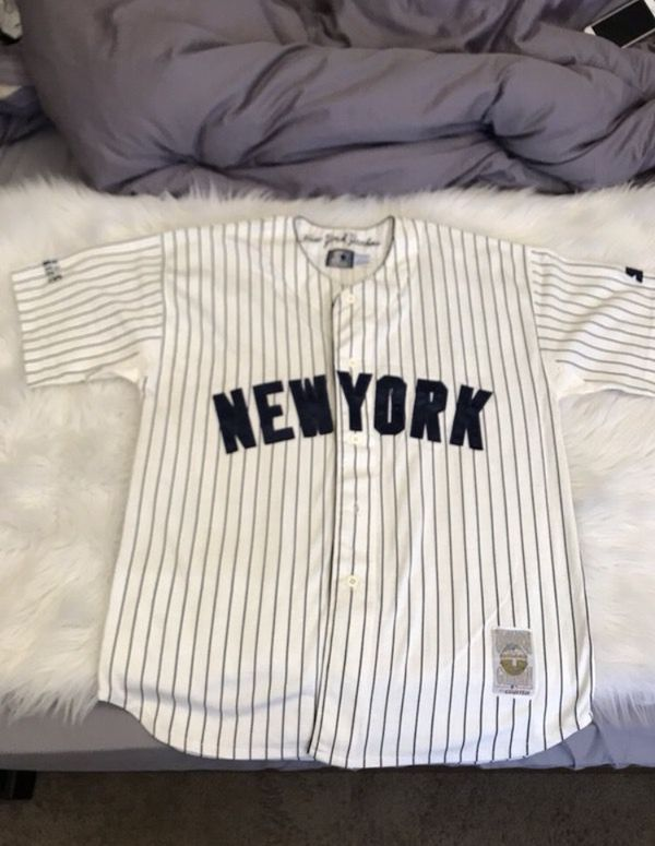 1d29874c0c2 New York Yankees vintage Cooperstown Collection Jersey for Sale in ...