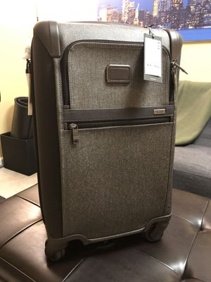 TUMI - Alpha 2 - 4 Wheeled Expandable International Carry-On Luggage - Earl Grey for Sale in New York, NY