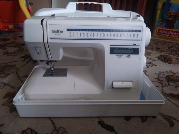 Brother XL40 Sewing Machine For PARTS ONLY Or Repair For Sale Amazing Sewing Machine Repair Seattle