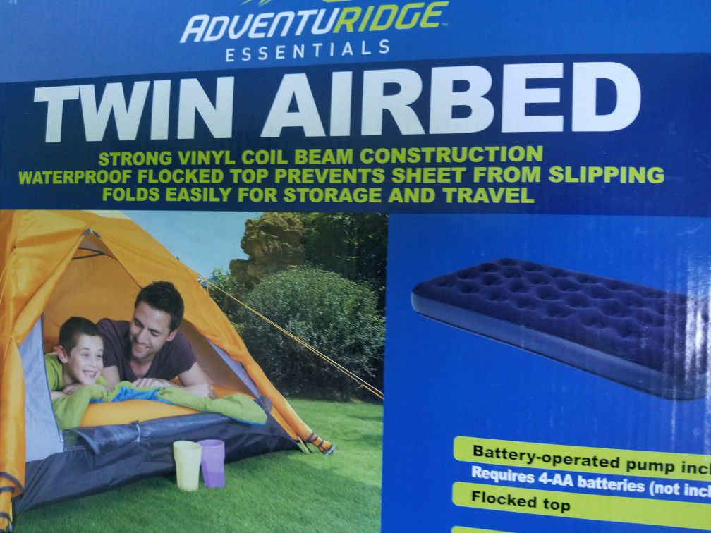 Twin Airbed with Battery Operated Pump