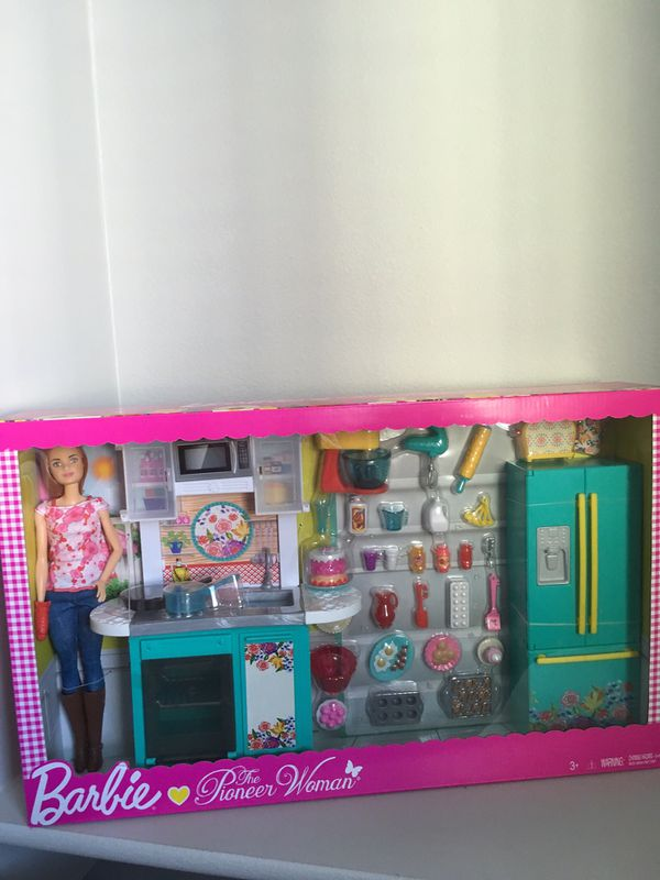 Barbie Pioneer Woman Ree Kitchen Playset And Doll For Sale In Gilbert Az Offerup