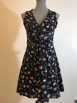 Beautiful black and floral F21 forever 21 S dress, NEW w/o tags! Thumbnail