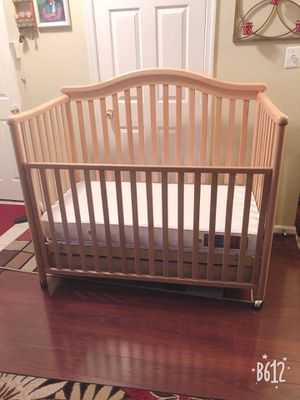 Baby Wooden Crib for Sale in Manassas, VA