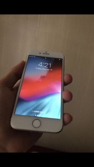 iPhone 7 32gb unlocked for Sale in Union Park, FL