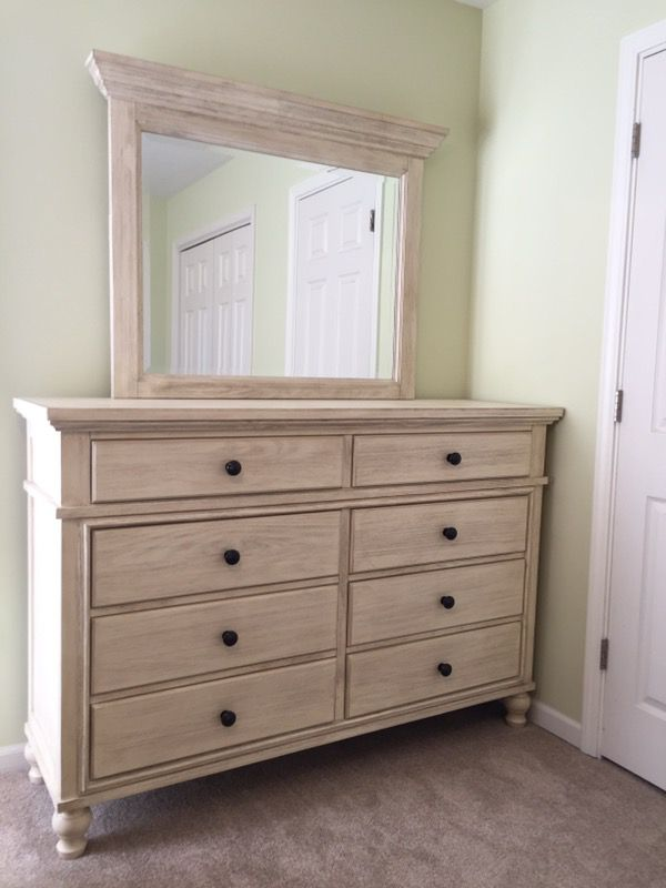 Ashley Furniture Exclusive Marsilona Bedroom Set King Panel Bed Dresser And Mirror Nightstand For In Palos Park