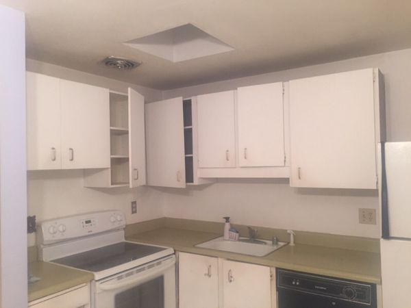 White Kitchen Cabinets For Sale In Renton, WA