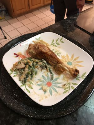 Thanksgiving Plate Leftovers That Absolute Smacks YaHeard for Sale in Elkridge, MD