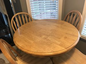 Round counter table for Sale in Inwood, WV