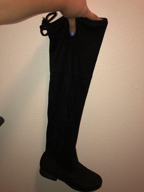 e95efc4e6b4 Teen shoes for Sale in Albuquerque
