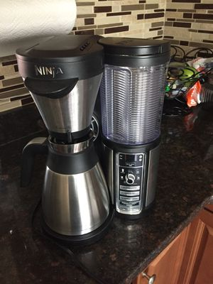Ninja coffee maker/cafetera for Sale in Springfield, VA