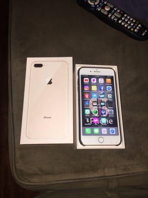 iPhone 8 pulse rose gold 64gb for Sale in Woodbridge, VA