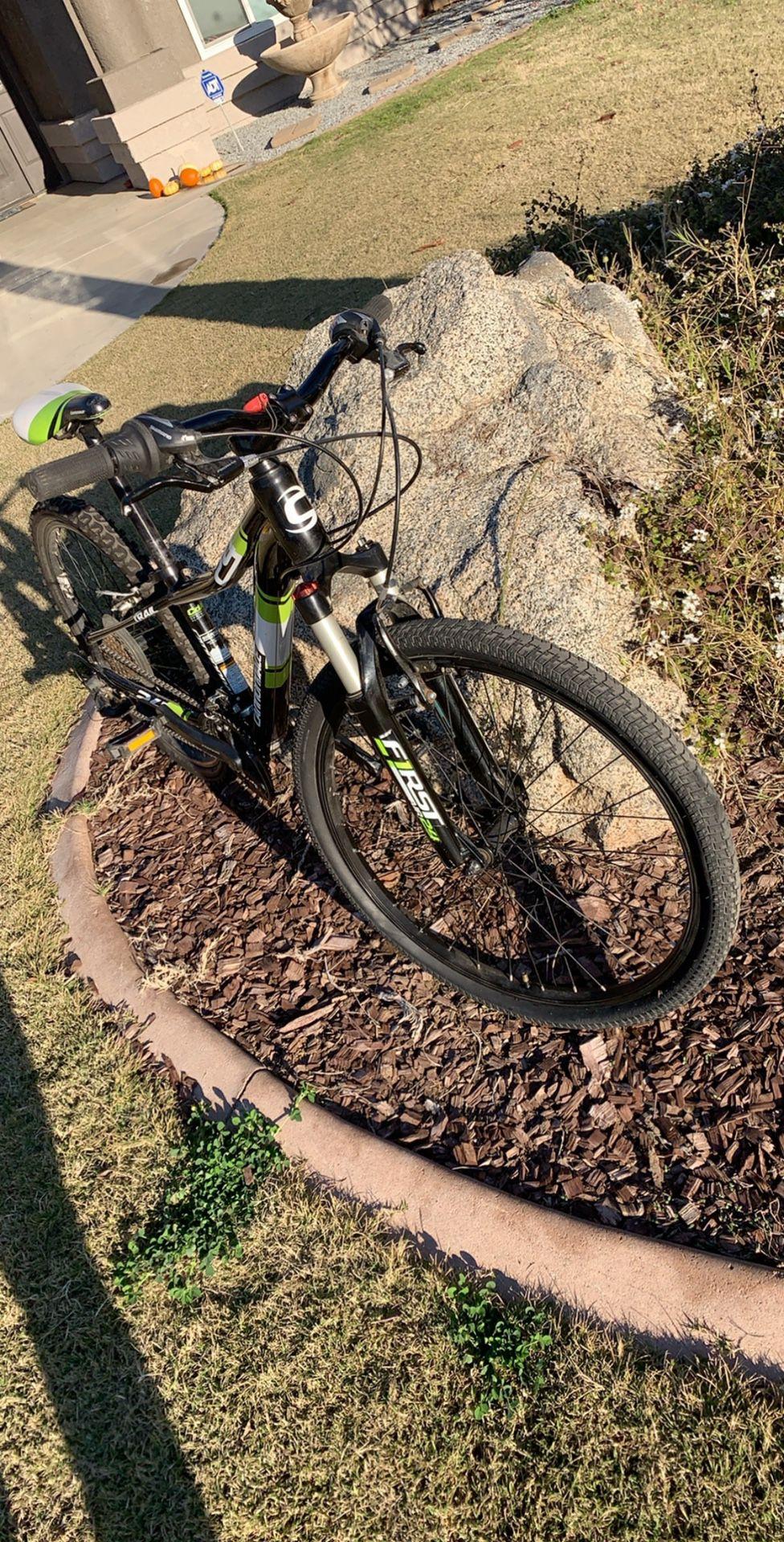 "Cannondale Mountain Bike 24"""