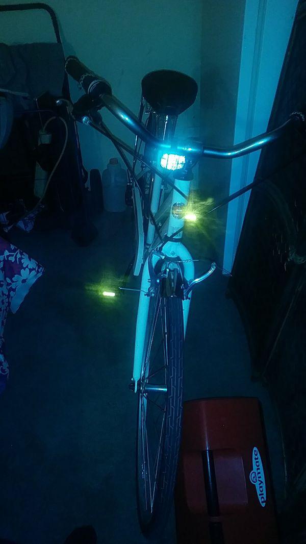 6fda88b0499 New and Used Schwinn bike for Sale in Bakersfield, CA - OfferUp