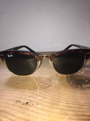 Rayban clubmaster classic for Sale in Silver Spring, MD