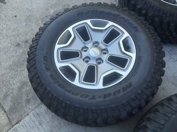 New Jeep Rubicon Wheels Bfg M T Tires Set Of 5 Factory Rims