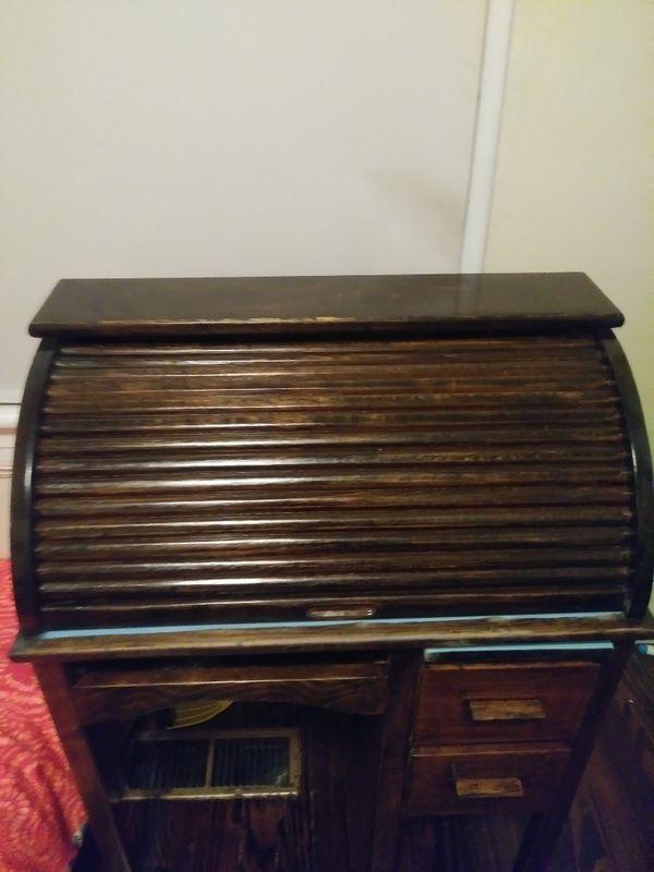 - Antique Childrens Roll Top Desk (Antiques) In Vinton, VA - OfferUp