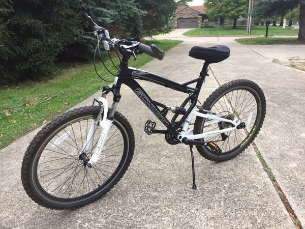 8bc87332cb0 Schwinn S-25 Mountain Bike 21 Speed for Sale in Richmond Heights, OH -  OfferUp