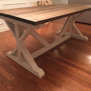 Photo Custom rustic furniture