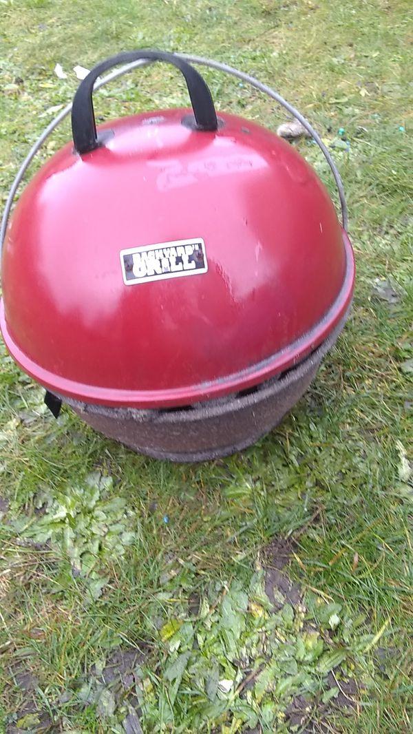 Backyard grill for Sale in Auburn, WA - OfferUp
