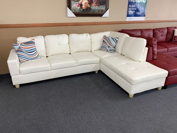Astounding 2Pc White Bonded Leather Sectional For Sale In Fresno Ca Offerup Creativecarmelina Interior Chair Design Creativecarmelinacom