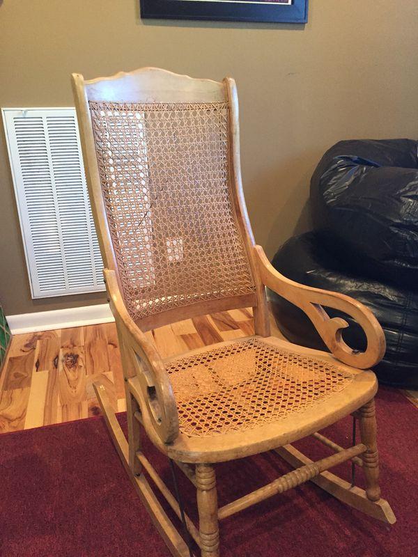 Stupendous Antique Gooseneck Rocker For Sale In Murfreesboro Tn Offerup Ibusinesslaw Wood Chair Design Ideas Ibusinesslaworg