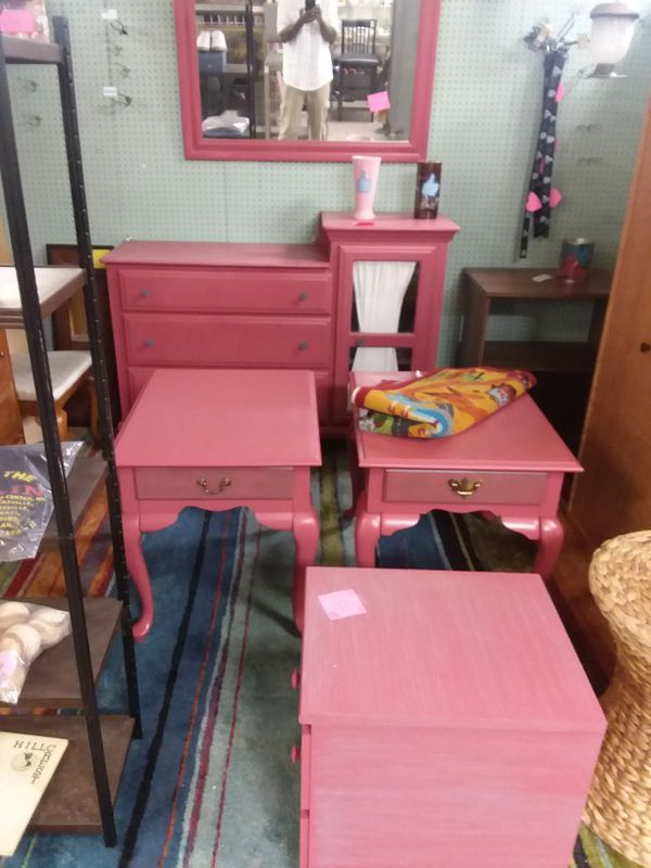 Mirror, end table, and 3 drawer for Sale in Lexington, KY - OfferUp