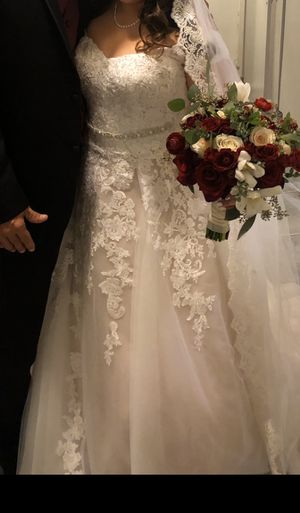 New And Used Wedding Dress For Sale In Kalamazoo Mi Offerup