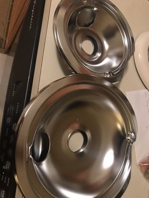Brand New, never used, drip pans for stove (4) for Sale in Gaithersburg, MD
