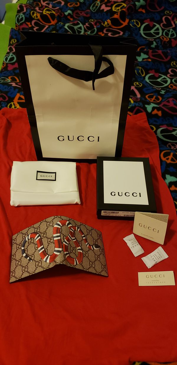 2e7f90f964b Men Gucci wallets King red Snake for Sale in Lowell