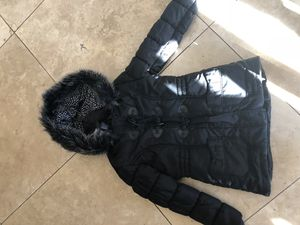 Youth girls size 14 black fur winter snow jacket for Sale in Murrieta, CA